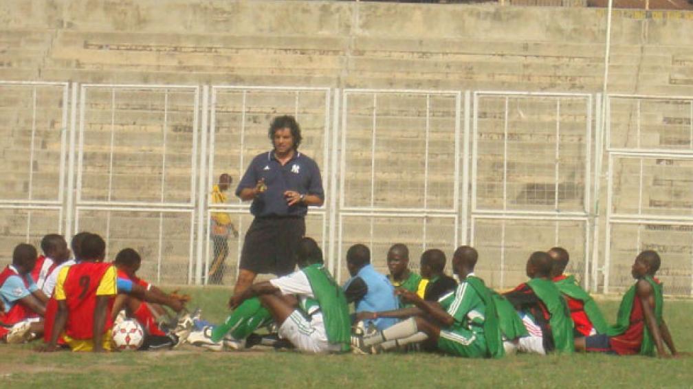 Un lindo desafío. Así definió Zapata su experiencia como director técnico en el Sunshine Stars de Akure, de la Primera de Nigeria.