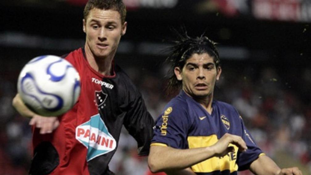 Mainguyague jugando para Newell´s y enfrentando a Boca (Foto: Web Club Bolívar).