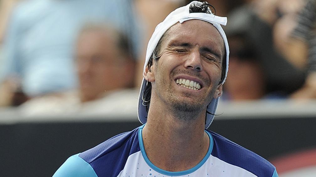 """El """"Flaco"""" no pudo con el sorpresivo Ramos. Fue 4-6, 6-3 y 6-4 para el español. (Foto: AP)"""