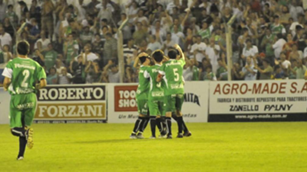 Sportivo Belgrano ganó un partido clave en su lucha por el ascenso (Foto: Sergio Cejas).