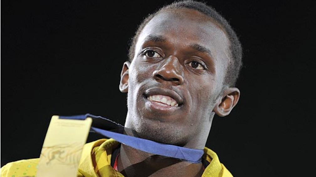 Usain Bolt no se cansa de colgarse medallas. Ahora, por la posta.