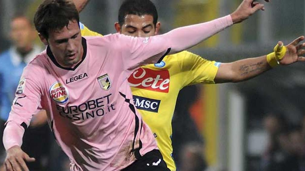 Vázquez y un buen debut en el Palermo (Foto: AP).
