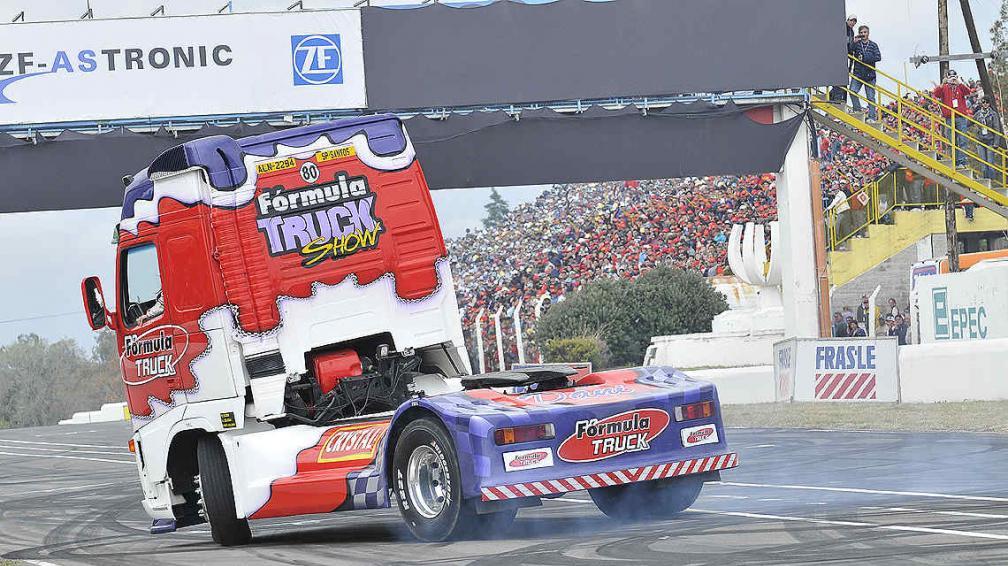 La Fórmula Truck pasó por Córdoba y fue un éxito total. (Foto: Pedro Castillo)
