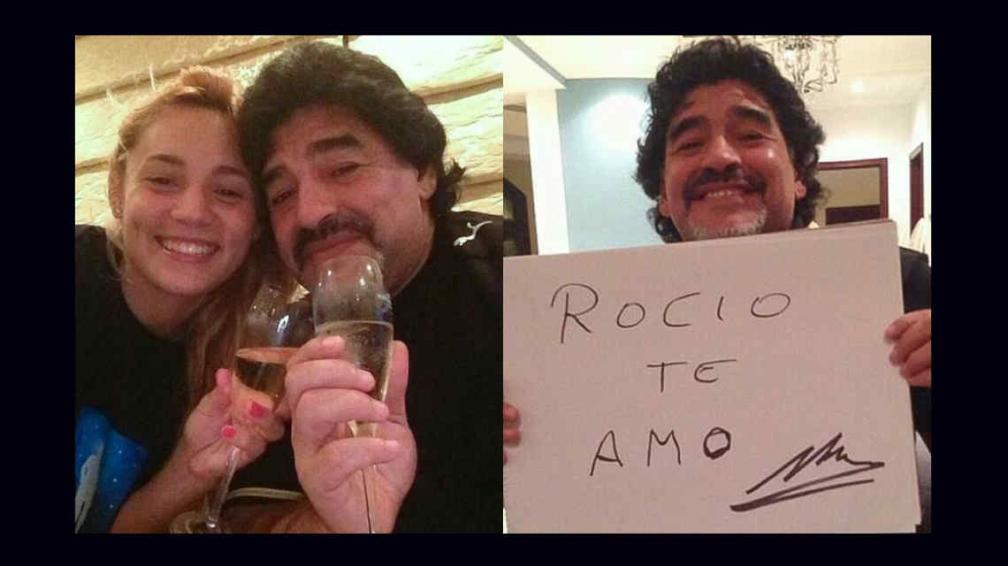 Maradona y Rocío, y el cartel de la polémica (Foto: editorial Perfil).