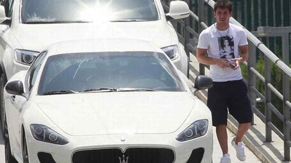 El nuevo y lujoso auto de Lionel Messi. (Captura)