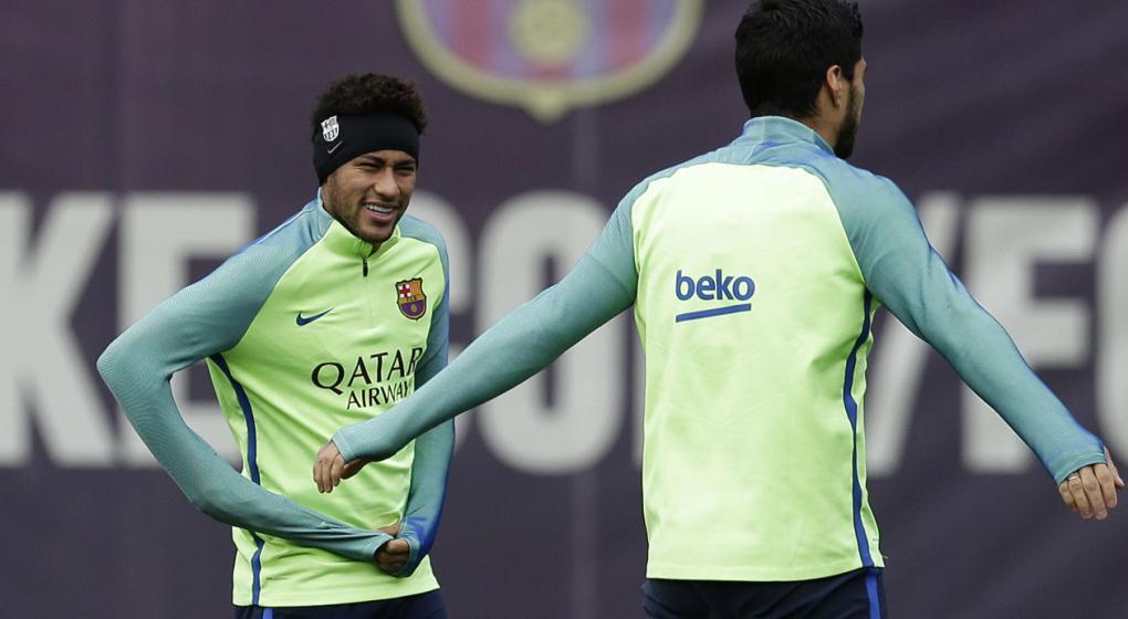A qu hora juega barcelona contra el granada seguilo en for En que canal juega el barcelona
