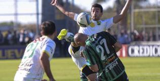 Lindo partido en San Juan, que terminó en empate (Foto: Télam).