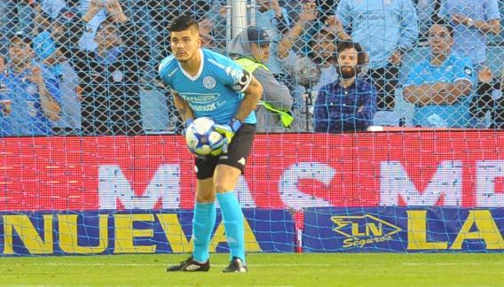 Lucas Acosta fue la figura del partido. (Sergio Cejas)