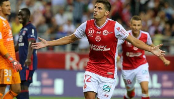 Pablo Chavarria juega en el Reims de Francia.