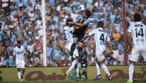 Belgrano, con la firmeza de su arquero en el fondo.