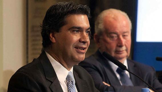 Grondona y Capitanich, juntos en el anuncio de las transmisiones mundialistas. (Foto: DyN)
