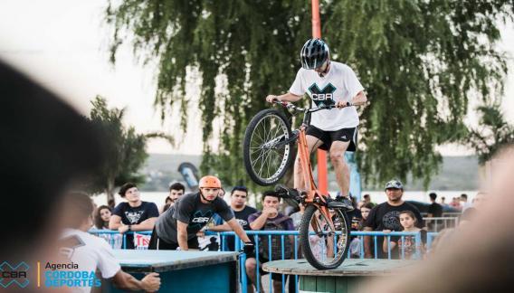 La gracia del bike trial es uno de los atractivos convocantes para el próximo lunes (CBAX).