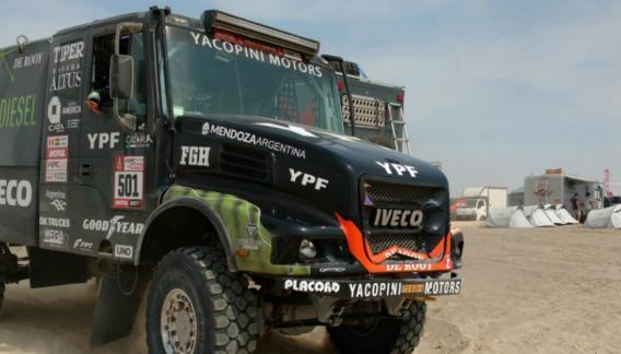 Federico Villagra se quedó con la etapa en camiones.