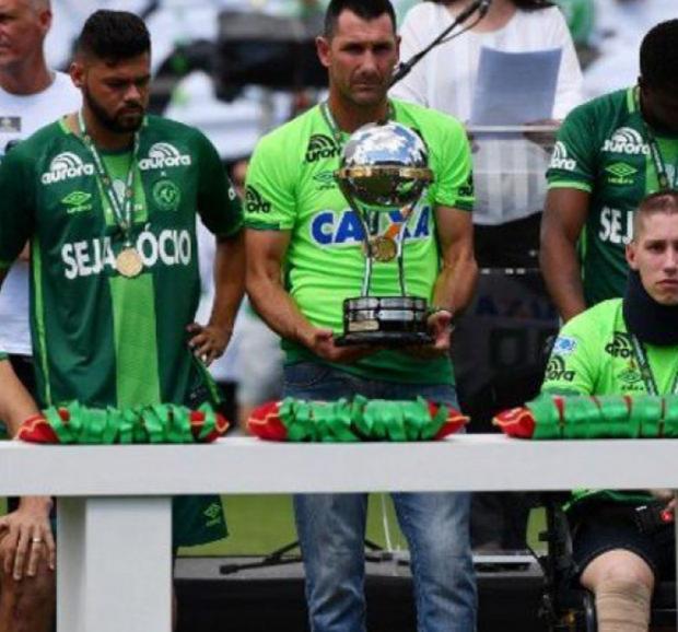 Emocionante: Chapecoense levantó la Copa