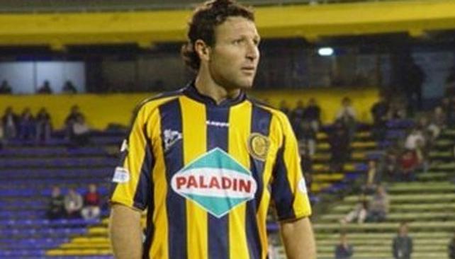 De Primera al Argentino A. Talleres le hizo una muy buena oferta y Ribonetto bajó dos categorías. // foto: gentileza ole
