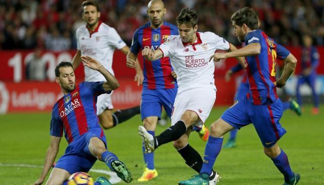 Barcelona se impuso al Sevilla y sigue a dos puntos del Madrid