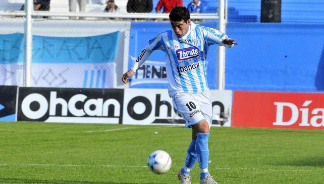 Jonathan Artura regresa a la titularidad en la Acadé. (Foto: Ramiro Pereyra)