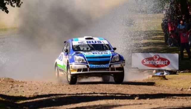 David Nalbandian salió ileso de un impresionante vuelco en el Rally Argentino
