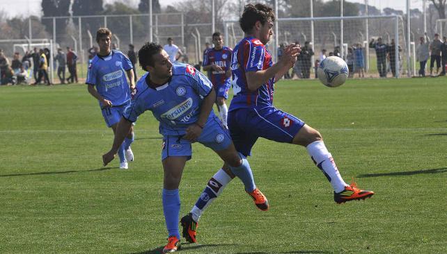 Pereyra ingresó como titular y fue reemplazado a los 20 minutos del segundo tiempo. (Foto: Raimundo Viñuelas)