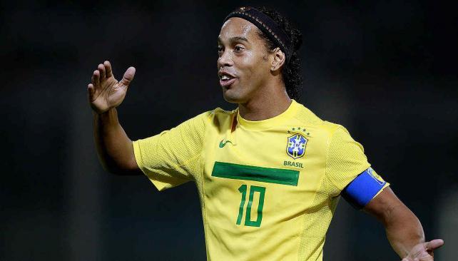 Ronaldinho vuelve a la selección de Brasil y sueña con llegar al Mundial. (Foto: AP)
