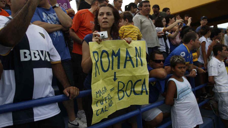 La gente recibió a Román con los brazos abiertos (Foto: Dyn).