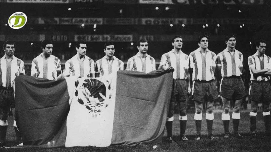 México 2 - Argentina 1 (22 de agosto de 1967). Estadio Azteca. Partido amistoso. (Foto: Sebastián Viberti.