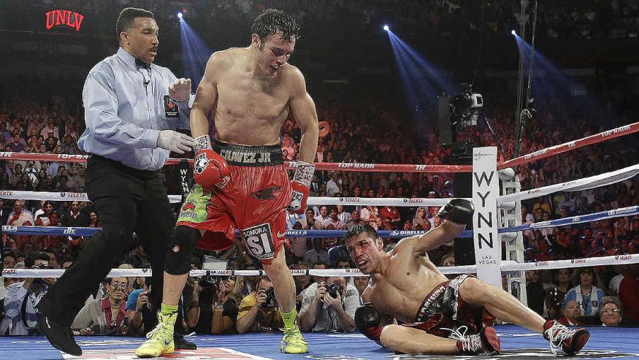 """Inolvidable. Sergio """"Maravilla"""" Martínez le ganó a Julio César Chávez en Las Vegas y se consagró, otra vez, como el Campeón Mundial del CMB. (Foto: AP)"""